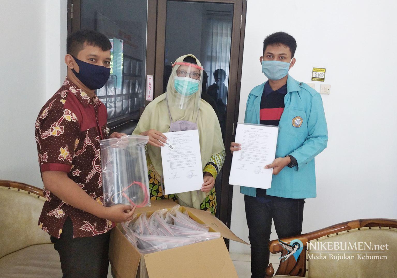 KKN Era Covid-19 di Kebumen, Mahasiswa UNS Produksi Face Shield