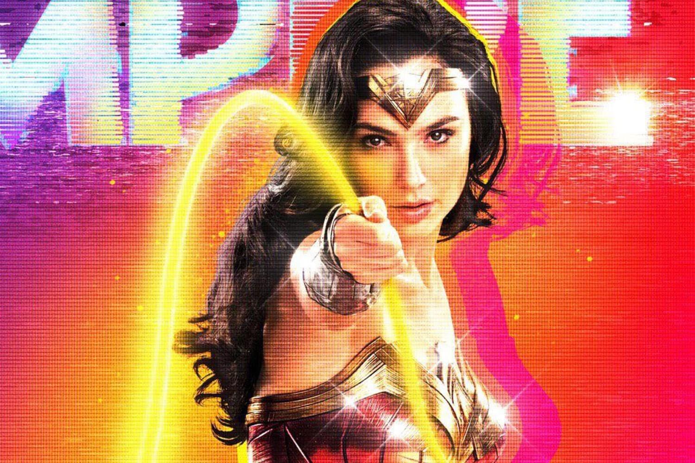 Wonder Woman 1984 on Empire Magazine : パンデミックの暗黒に包まれようとしている世界を黄金の輝きに変える救世主のような「ワンダーウーマン 1984」のゴールデン・アーマーのダイアナが登場したイギリスの映画マガジン エンパイア最新号のカバー ! !