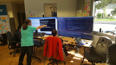 Is it more productive to have 4 people #MobProgramming or on 4 separate machines?