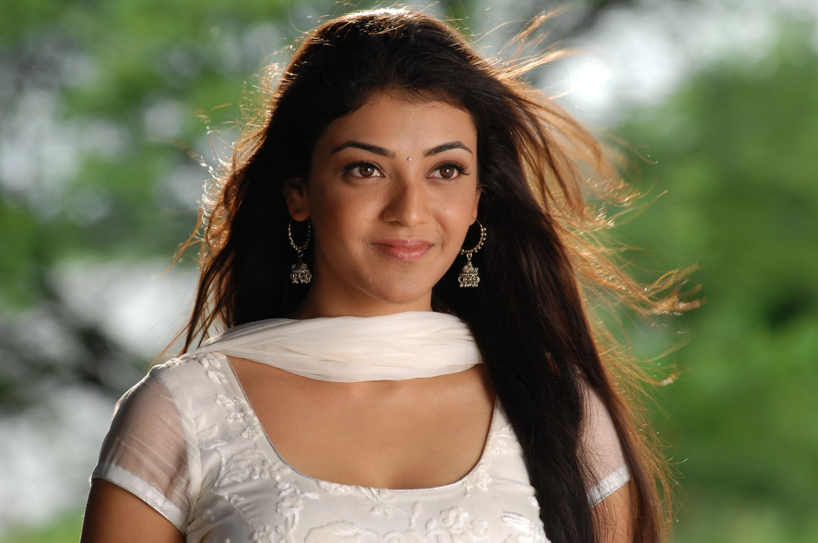 Actress kajal agarwal photos stills and Images - Tamil ...