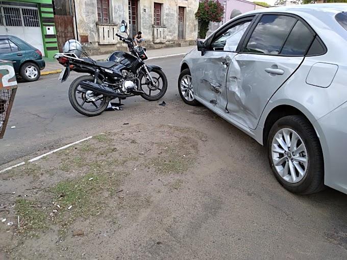 Motociclista ferido em acidente na Júlio de Castilhos
