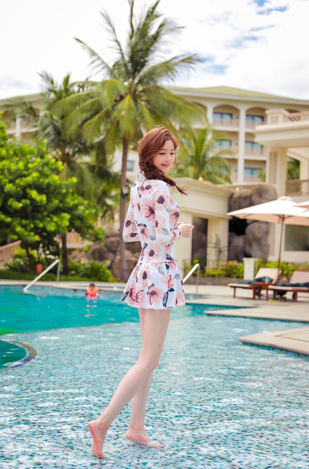 Image Korean Fashion Model - Kim Hee Jeong - Pink Fantasy Flamingo Swimsuit - TruePic.net - Picture-5