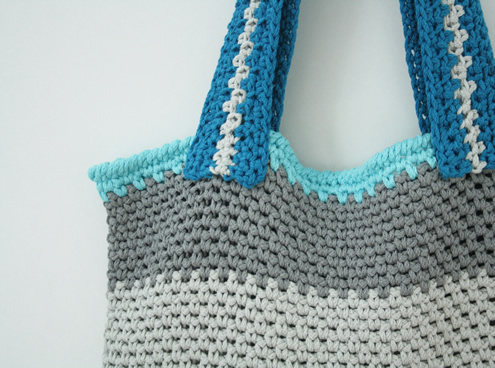 Free crochet pattern: market bag in linen stitch | Happy in Red