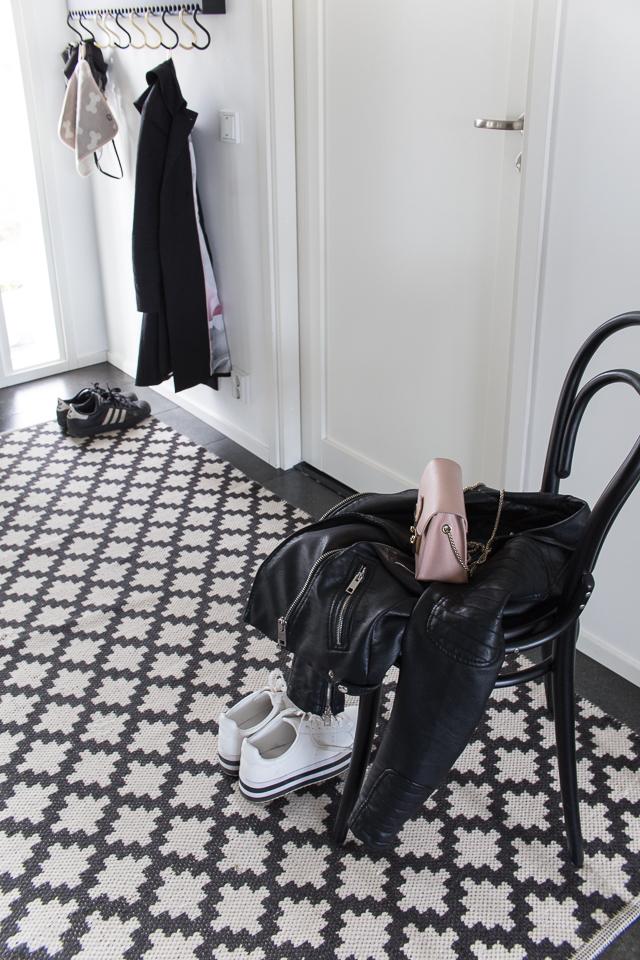 Furla laukku, eteisen sisustus, oma tyyli