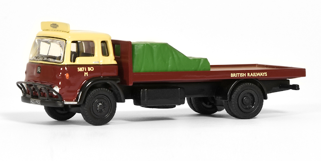 Our latest Bedford TK is modelled on one of British Rails many road vehicles used for the cartage of parcels to and from the railway network. Registered 423 PRO, cab numbered 5871 BO M and is depicted carrying a green tarpaulin covered load.