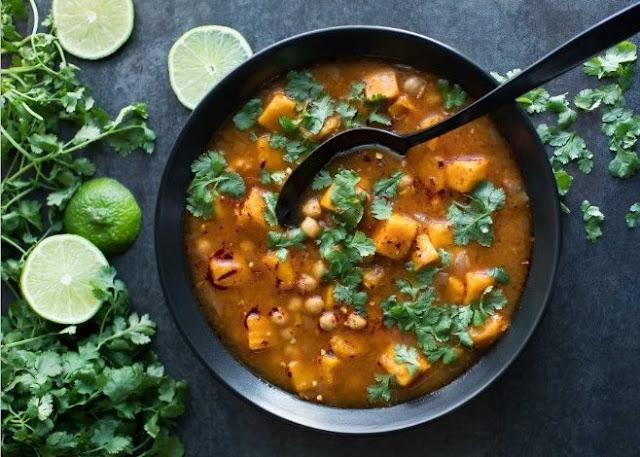 Spicy Moroccan Sweet Potato Soup #vegan #dinner
