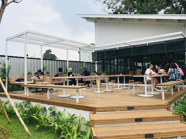 Kira Cafe Resto Tangerang Banten