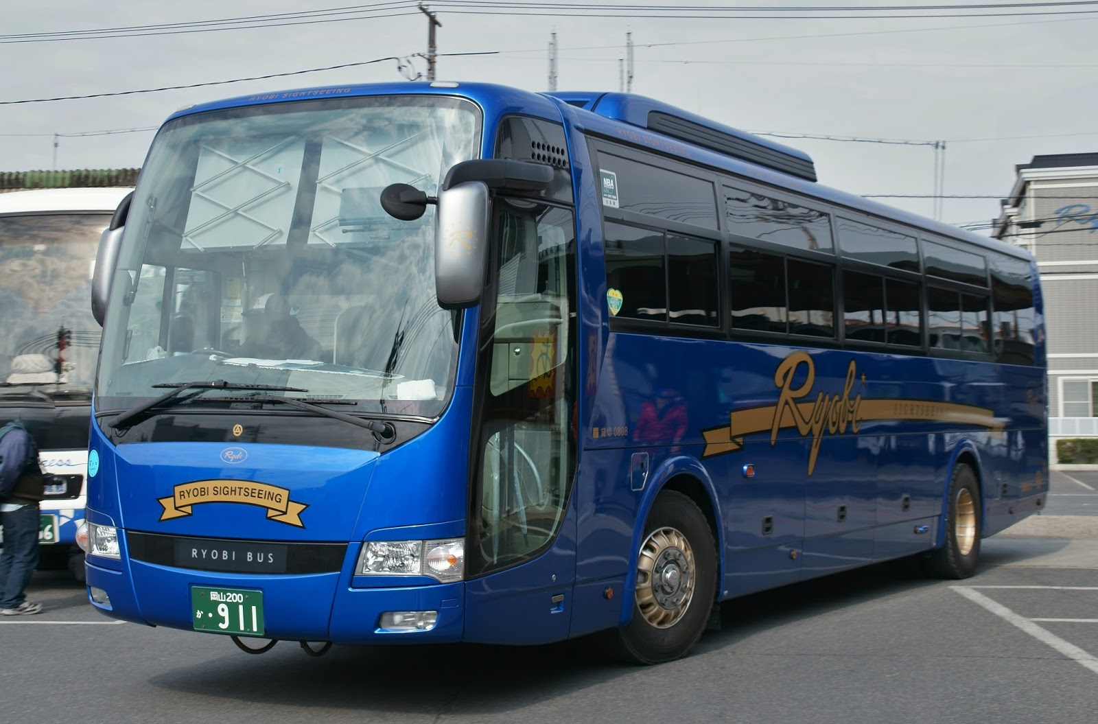 広島のバス: 両備バス 岡山200か911