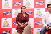 Kajol Looks super cute at the Launch of a New product McVites on 1st April 2017 15.JPG