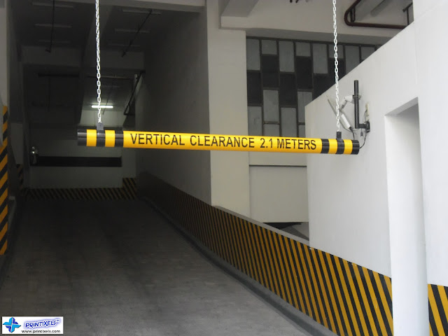 Vertical Clearance Sign - Parking Entrance
