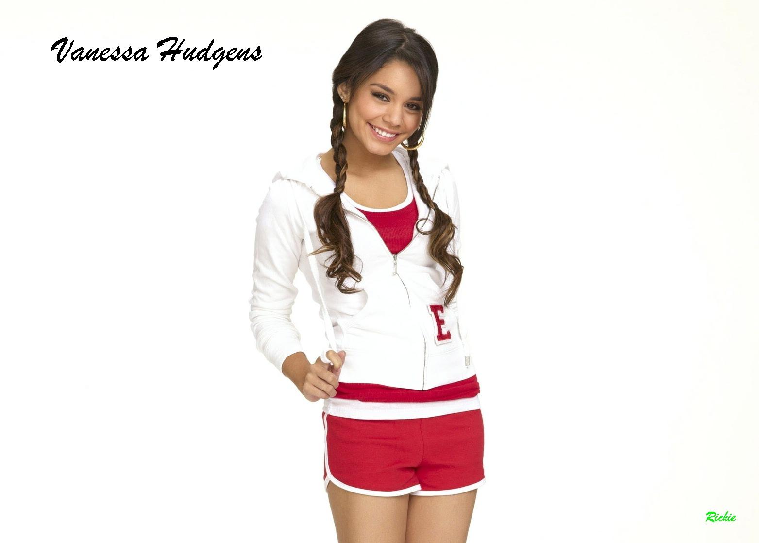 Hot Pictures Of Vanessa Hudgens