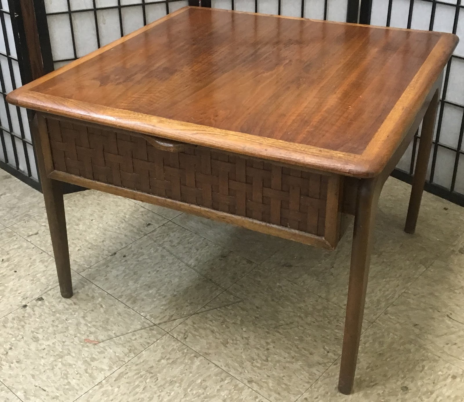 Uhuru Furniture & Collectibles: Mid-Century End Table with ...