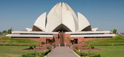 lotus temple delhi,tourist places in delhi