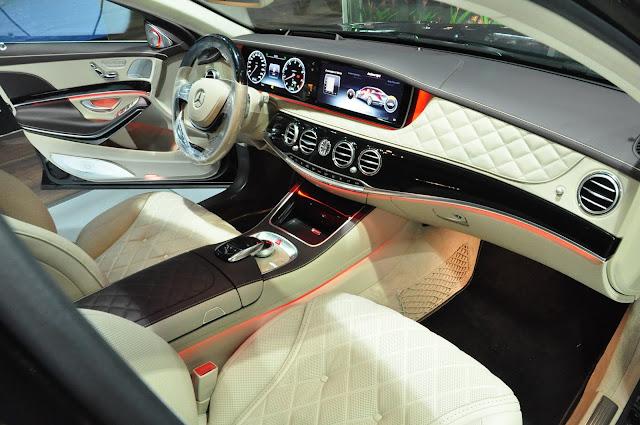 Đồng hồ IWC trên Mercedes Maybach S600 cực kỳ cao cấp và sang trọng