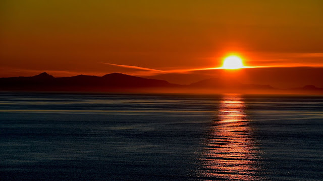 Golden Sunset Sky Sea Wallpaper