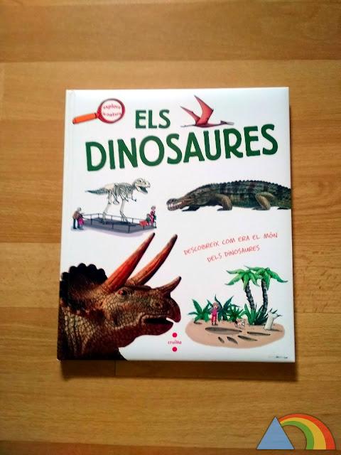 Portada del libro Los dinosaurios de editorial SM