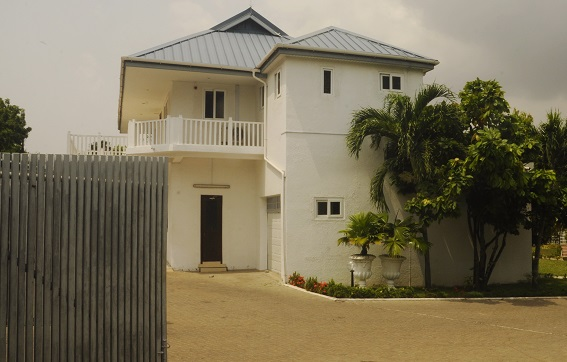 Former PresidentMahama vacates official residence