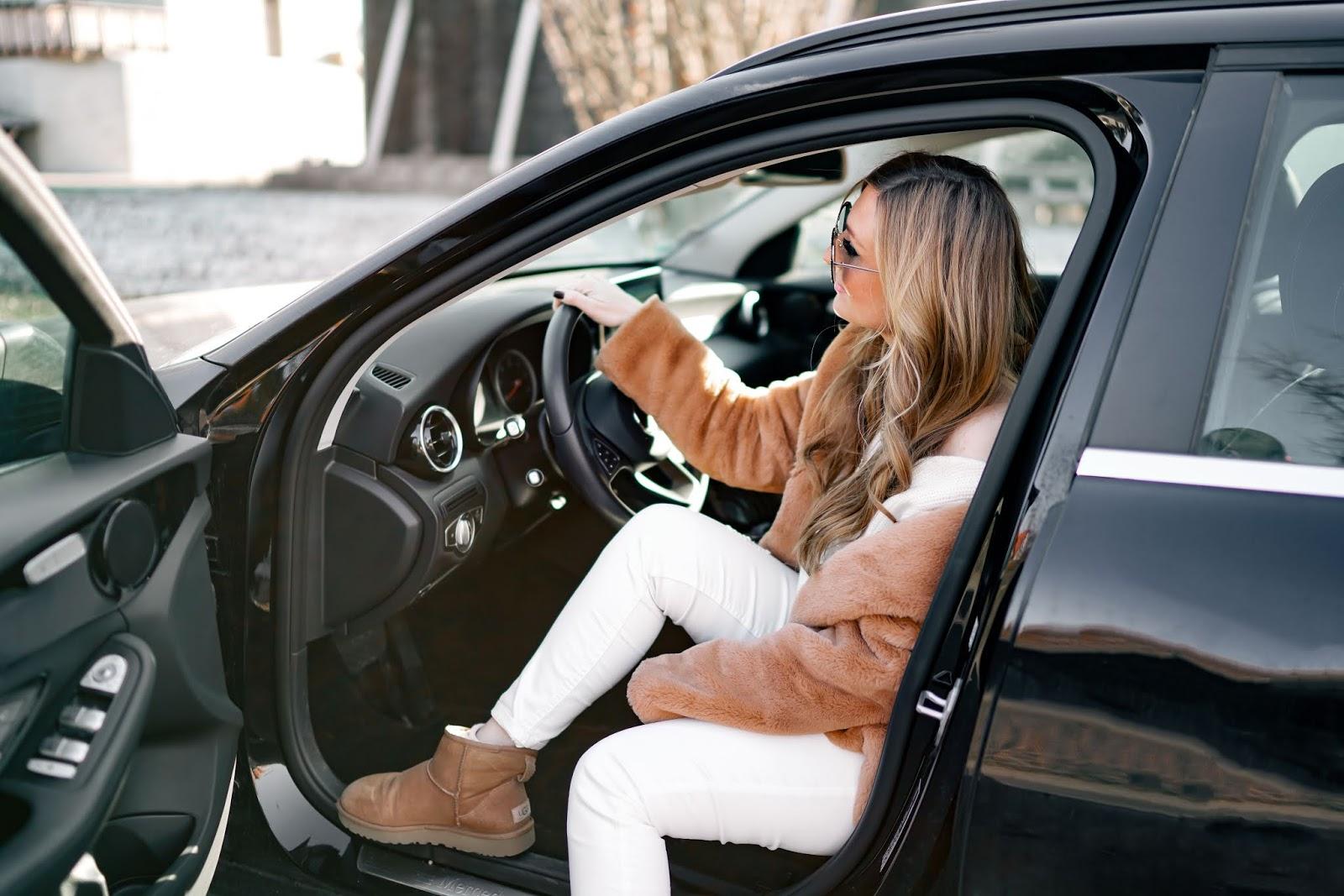 winteroutfit-ugg-boots-kombinieren-winterstyle-fashionstylebyjohanna-braune-schuhe-teddymantel