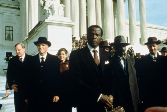 Filme: Separados mas iguais - teses jurídicas dos advogados