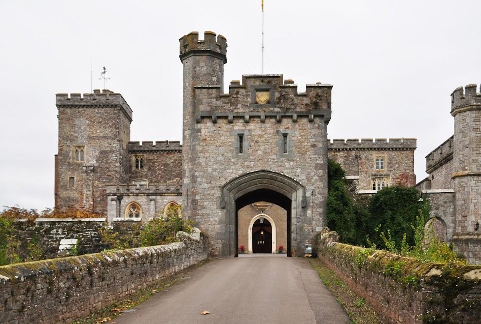 قلعة باوردام