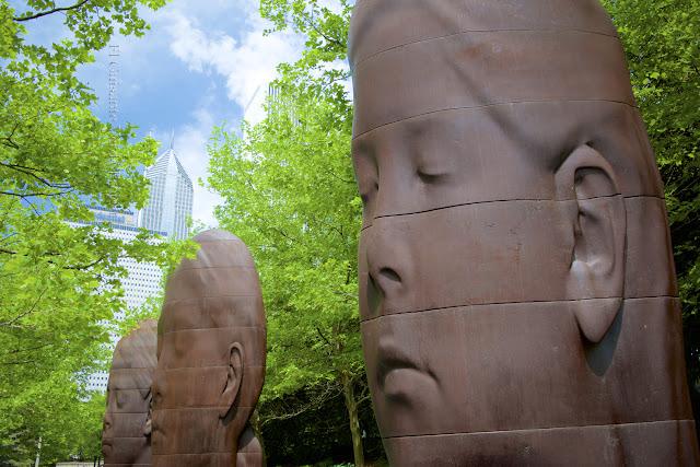 1004 Portraits, Millenium Park, Chicago - Plensa por El Guisante Verde Project