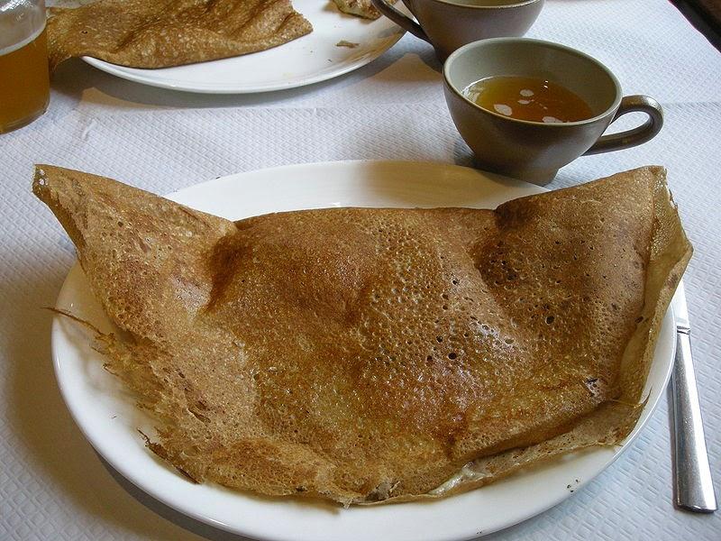 Cuisine maison d 39 autrefois comme grand m re recette de cr pes bretonnes gwiniz au sarrasin - Pate a crepe grand mere ...