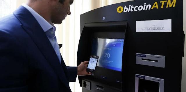 Ilustrasi Penggunaan Mesin ATM Bitcoin