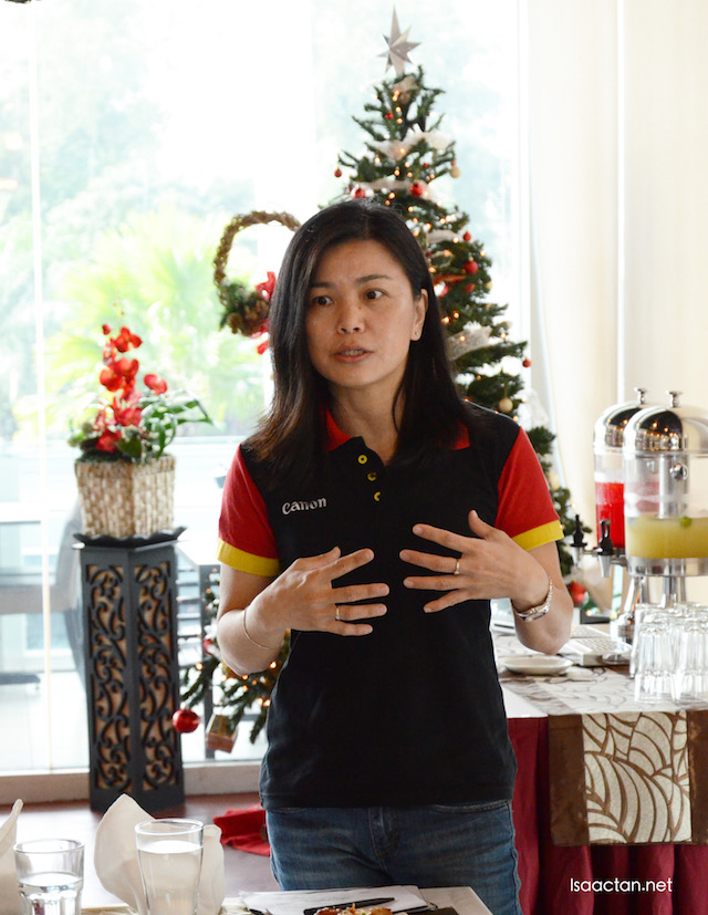 Ms Sandy Lee, Senior Marketing Manager of Consumer System Products (CSP) Division of Canon Marketing (Malaysia) Sdn Bhd briefing us that afternoon