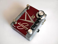 dpFX ΑCHERON Bass Overdrive w/clean blend & boost