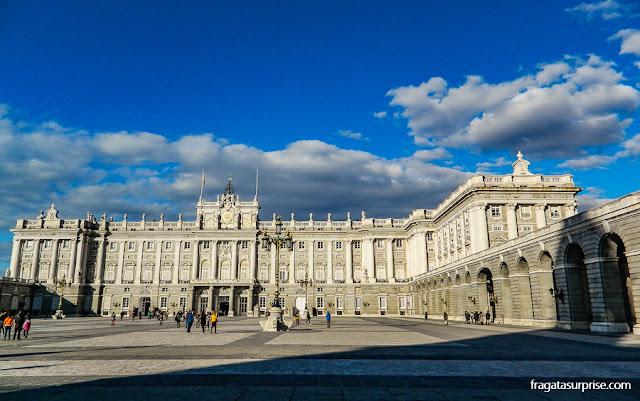 Madri: Praça de Armas do Palácio Real