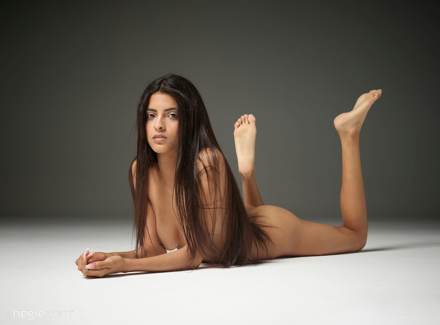 [Hegre-Art] Clau - Erotic Model