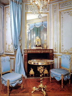 Color Lab.: Marie Antoinette/French country chic
