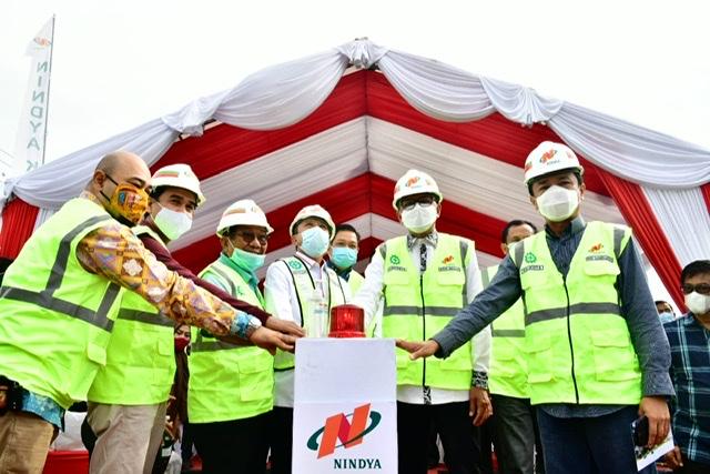 Nurdin Abdullah Lakukan Ground Breaking Jalur Pedestrian Jalan Metro Tanjung Bunga.lelemuku.com.jpg