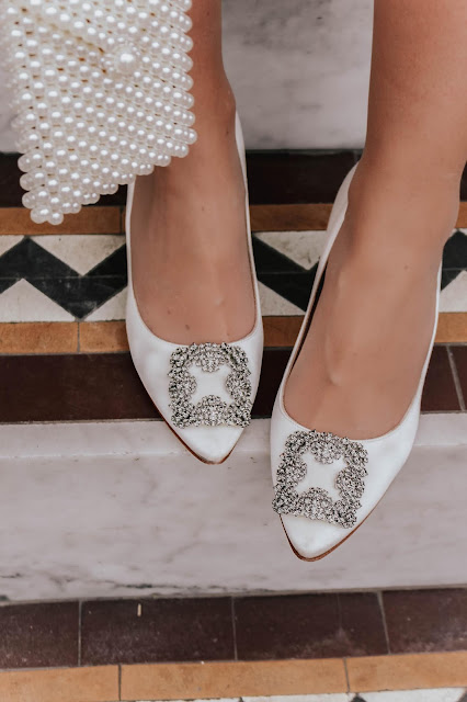 Manolo Blahnik Hangisi 70mm White Pumps Review