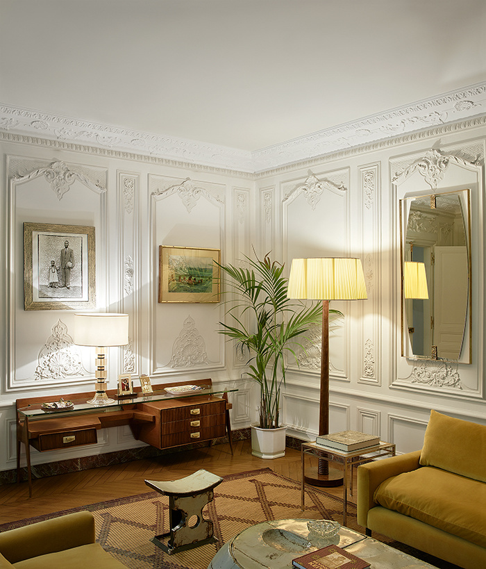 An idyllic house in Paris with exotic vibes
