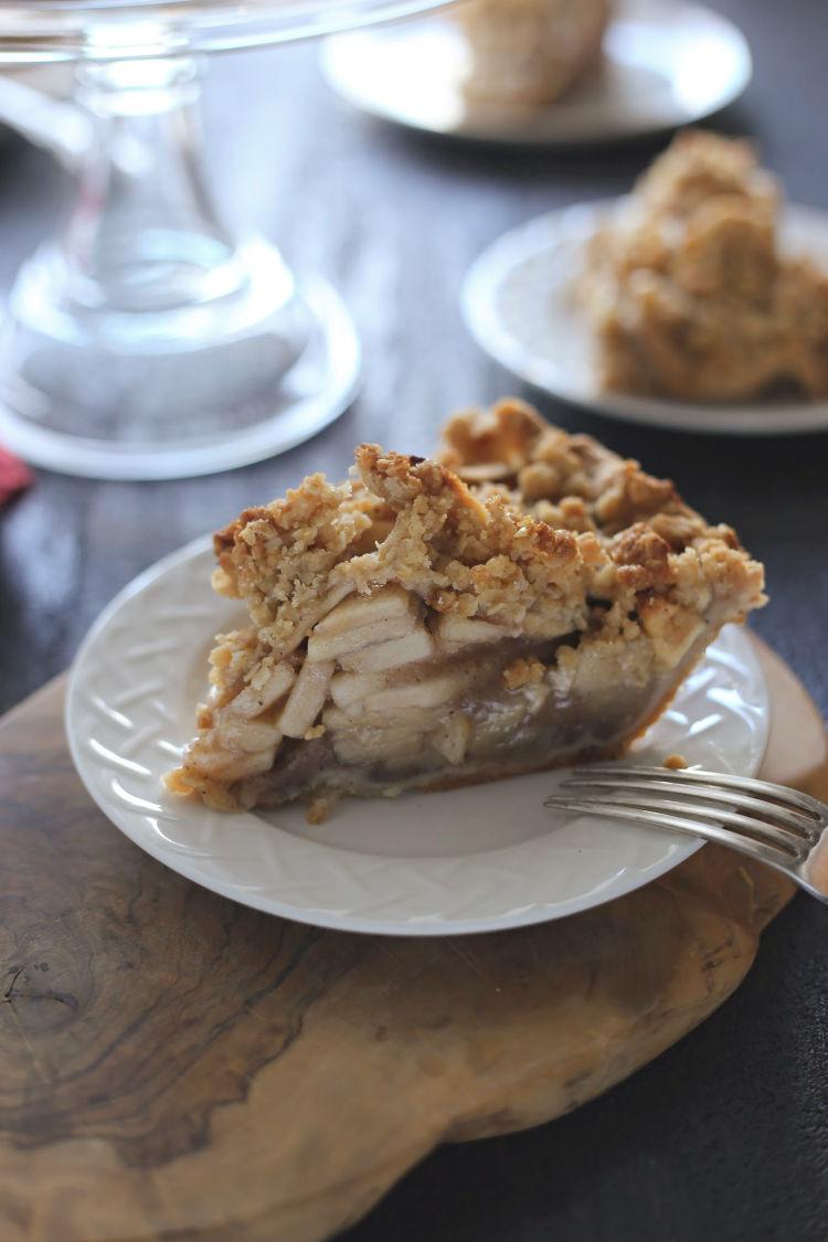 (Freakin' Worth It) Apple Crumb Pie recipe