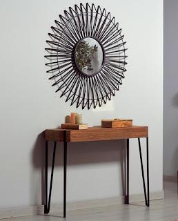 mueble recibidor de madera y forja con espejo de forja redondo