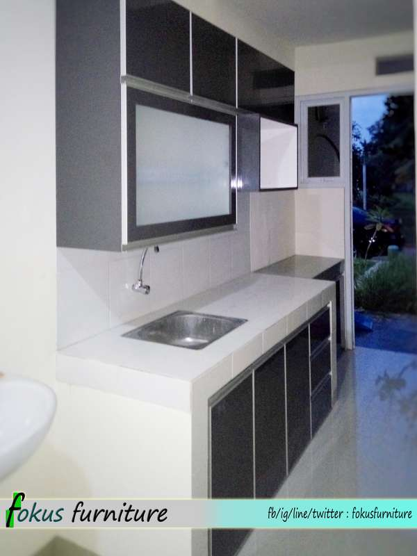 Lemari Pakaian Dan Kitchen Set Di Cilandak Furniture Kitchen Set