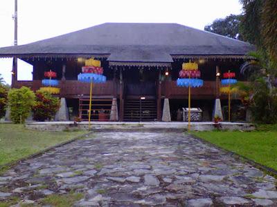 contoh rumah panggung minimalis