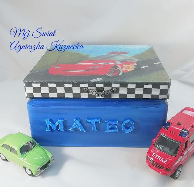 2105 – Skrzynka dla MATEO