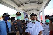 Tangkal Covid - 19, Personil ASDP bersama TNI-Polri Perketat Pemeriksaan Penumpang dan Kendaraan di Pelabuhan Lembar