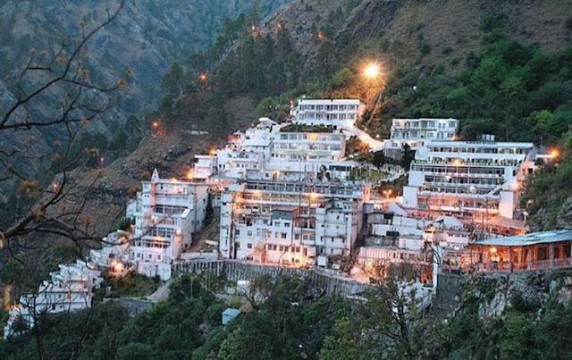 वैष्णो देवी यात्रा 16 अगस्त से शुरू होगी क्योंकि जम्मू-कश्मीर सरकार ने धार्मिक स्थलों को खोलने का फैसला किया है।