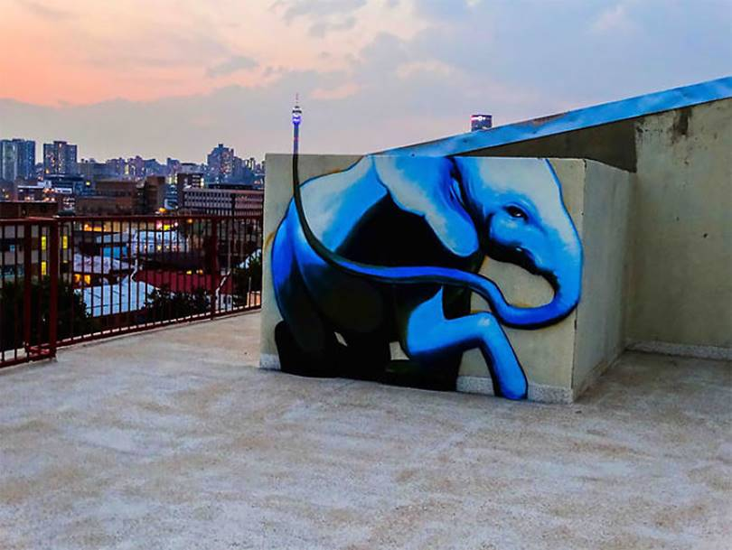 07 Gorgeous graffiti that blends perfectly with the surroundings