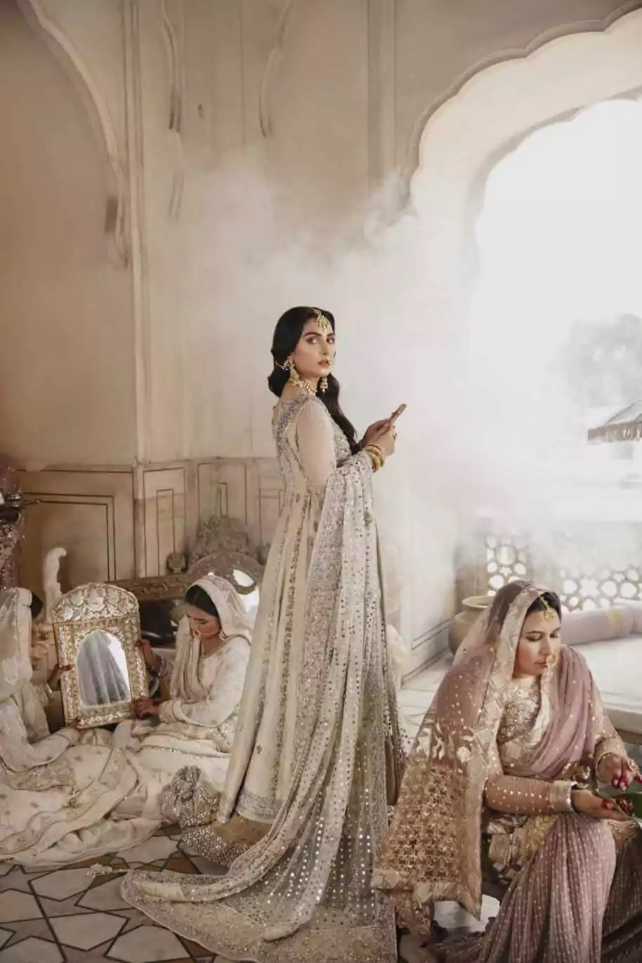 Ayeza Khan And Danish Taimoor Pair Up For A Photoshoot