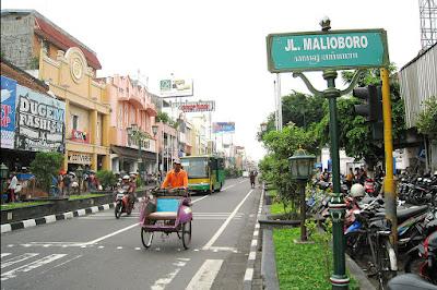 Tips Naik Kereta Buat Kamu yang Baru Pertama Menuju Jakarta Yogyakarta