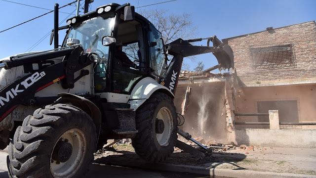 Ritondo supervisó el derribo del búnker 80 en Lomas de Zamora