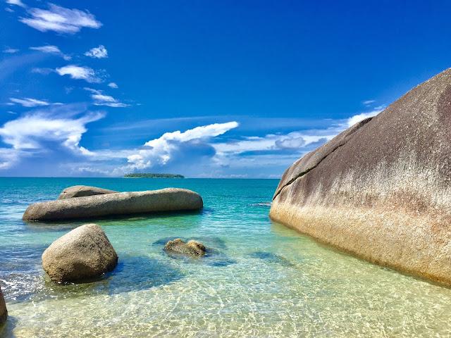 Pantai Batu Kasah Natuna www.bocahudik.com