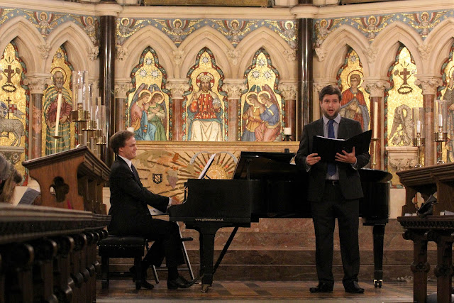 Finnegan Downie Dear (piano) with Gareth Brynmore John (baritone) at Exeter College Chapel at Oxford Lieder Festival 2015, photo credit Robert Piwko.