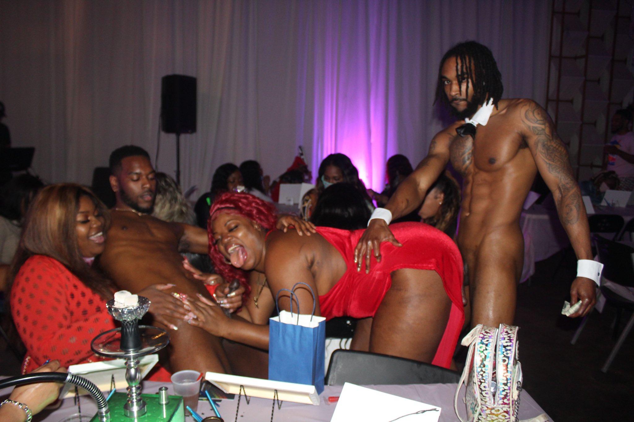 follando stripper a los clientes