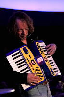 Robert Schroeder Bochum Live 2011-03-12 / source : Robert Schroeder